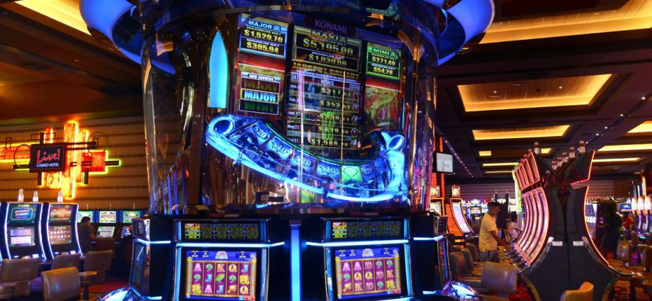 The way to Win Clients And Influence Markets with Online Casino
