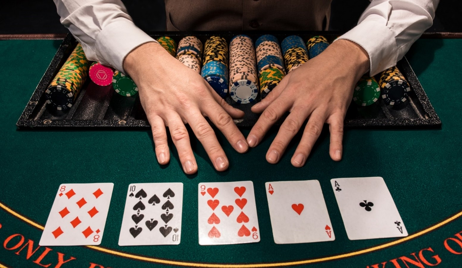 How to become a Pro Poker Player?